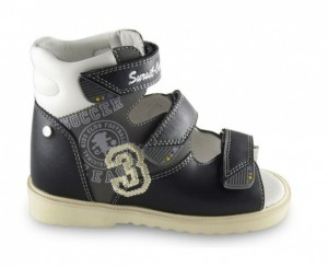 15-249 Ортопедические стабилизирующие детские ботинки