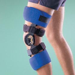 4239 Ортез на коленный сустав